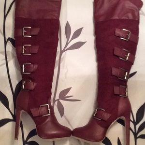 Knee-Hi Boots
